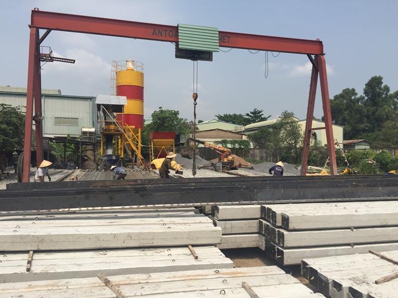 Ép cọc bê tông Trung Đoàn sản xuất cọc bê tông